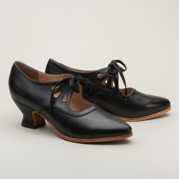 Gibson Shoes -Black